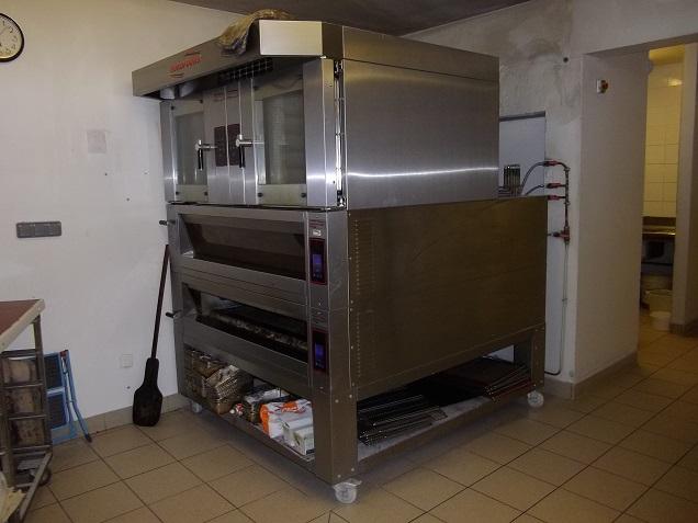 four-pâtisserie Annonces